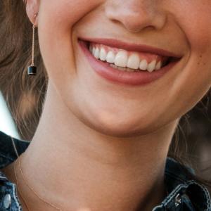 Boucles d'oreilles Céleste onyx pierre naturelle or rose 18 carats recyclé mineral joaillerie éthique femme