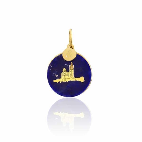Médaille pendentif bar à médailles les précieuses notre dame de la garde lapis lazuli pierre naturelle or jaune 18 carats recyclé mineral joaillerie éthique femme