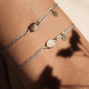 Bracelet cordon lurex duo Bestouan pierre de lune blanche pierre de lune grise pierres naturelles or jaune 18 carats recyclé mineral joaillerie éthique