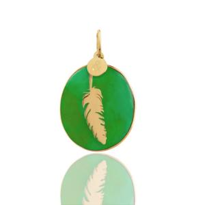 médaille plume jade verte